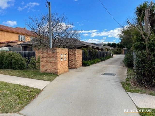 2/25 Stornaway Road, Queanbeyan, NSW 2620