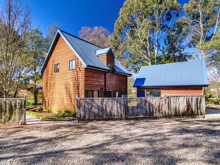 23 Rowan Ave, Uralla, NSW 2358