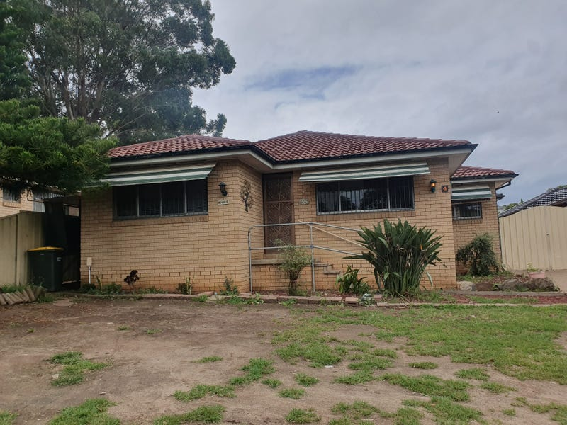 4  Rundle Road, Green Valley, NSW 2168