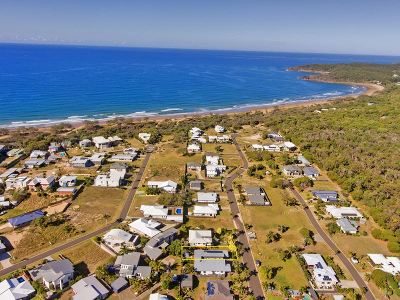 15 B Waterfront Drive, Agnes Water, Qld 4677