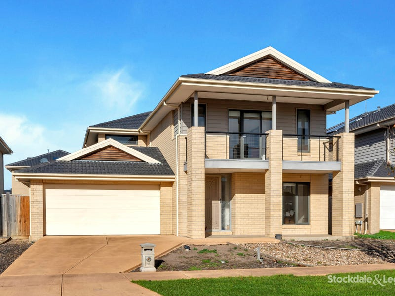 18 Maritime Circuit, Point Cook, Vic 3030
