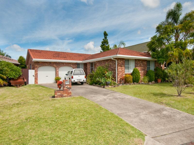 68 Pearce Drive, Coffs Harbour, NSW 2450