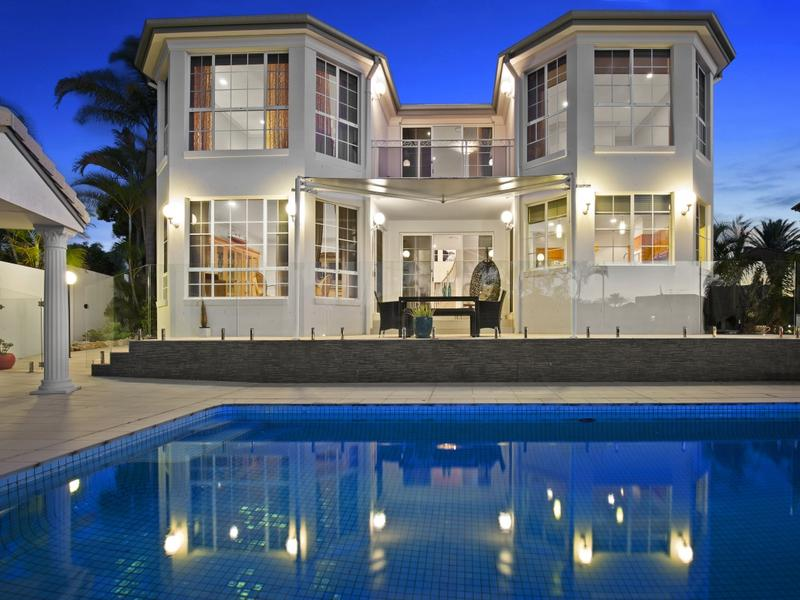 26 The Peninsula, Sovereign Islands, Qld 4216