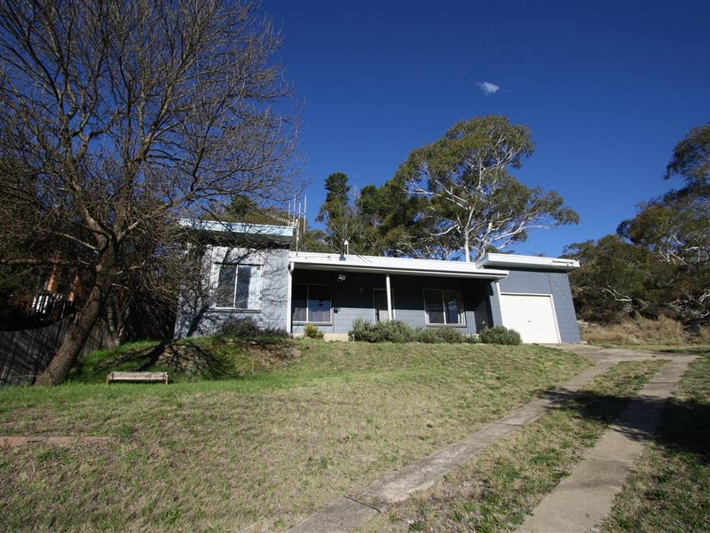 74 Hawkins St, Cooma, NSW 2630