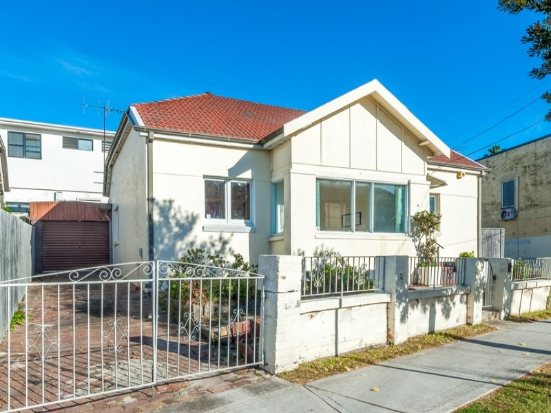 10 Malabar Road, South Coogee, NSW 2034