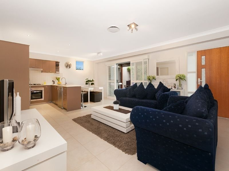 2/94 Newman Road, Wavell Heights, Qld 4012