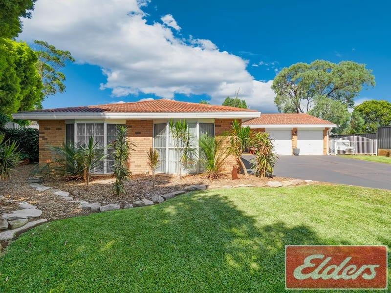 17 HAWKINS AVENUE, Luddenham, NSW 2745
