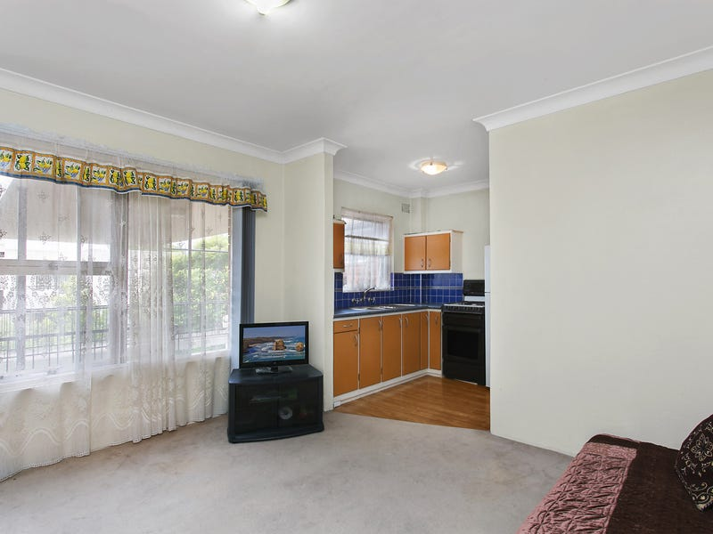 13/1 Hawkesbury Avenue, Dee Why, NSW 2099