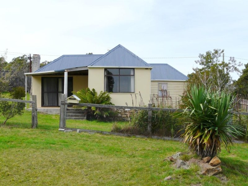 Address available on request, Cornwall, Tas 7215