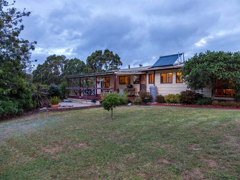 239 Albert River Road, Staceys Bridge, Vic 3971