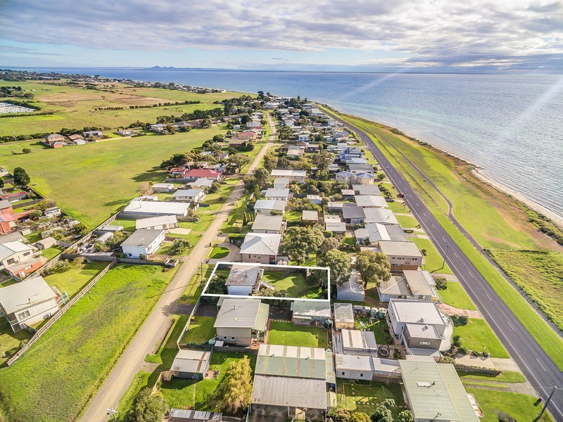 51 Whiting Avenue, Indented Head, Vic 3223