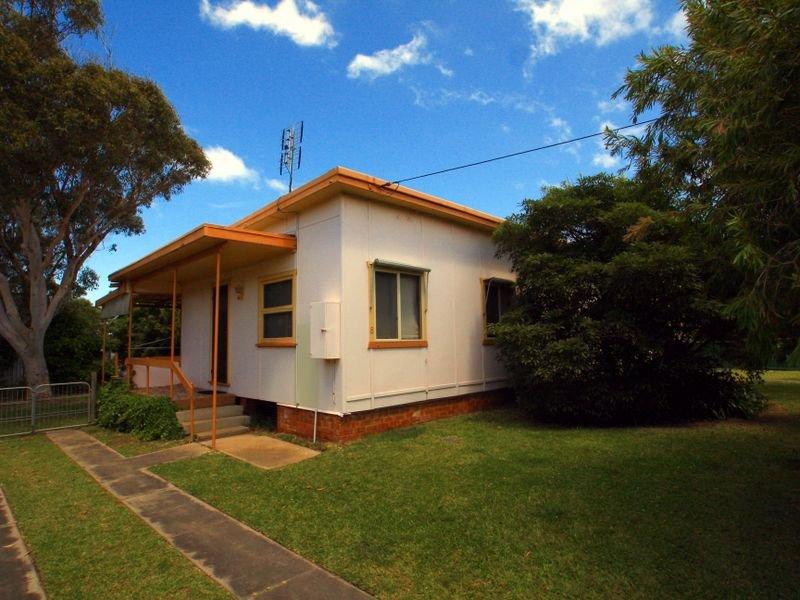8 Swan Avenue, Cudmirrah, NSW 2540