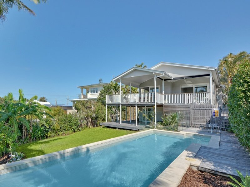 11 Burgess Street, Kings Beach, Qld 4551