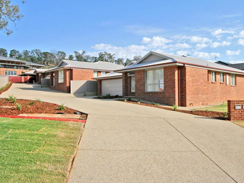 1-2,1 Brindabella Drive, Tatton, NSW 2650