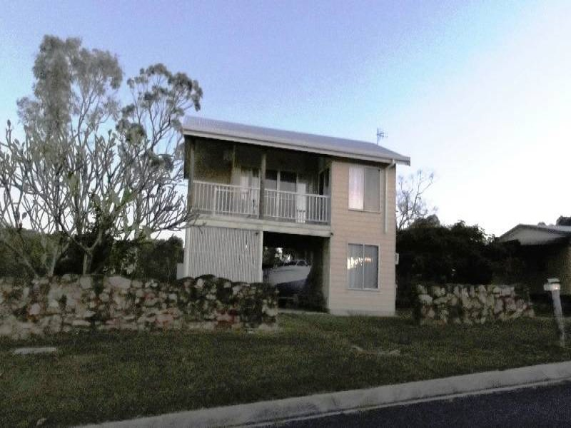 82 Blackcurrent Drive, Hideaway Bay, Qld 4800