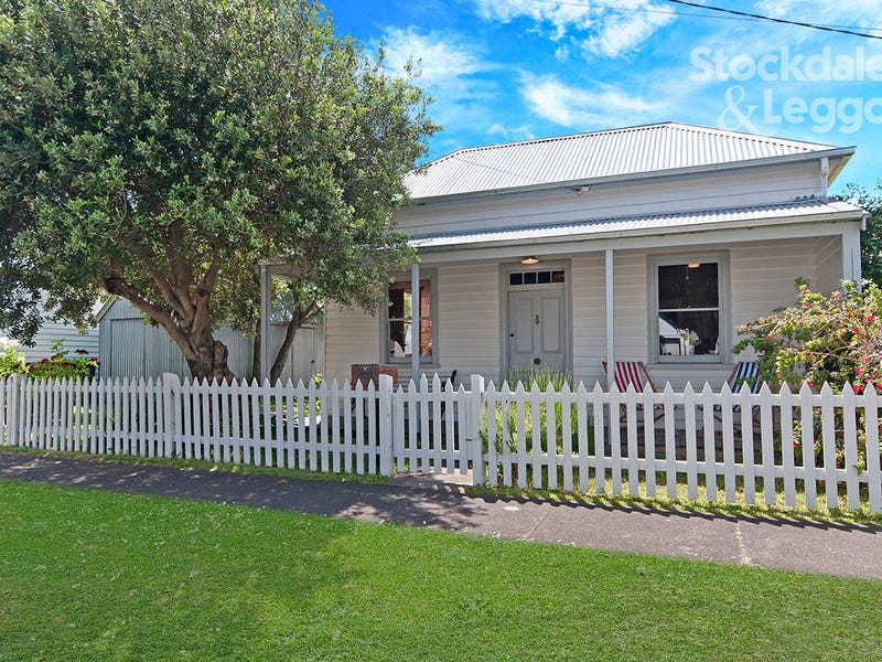11 Wishart Street, Port Fairy, Vic 3284