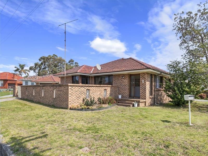 1 Tamblin Street, Fairy Meadow, NSW 2519