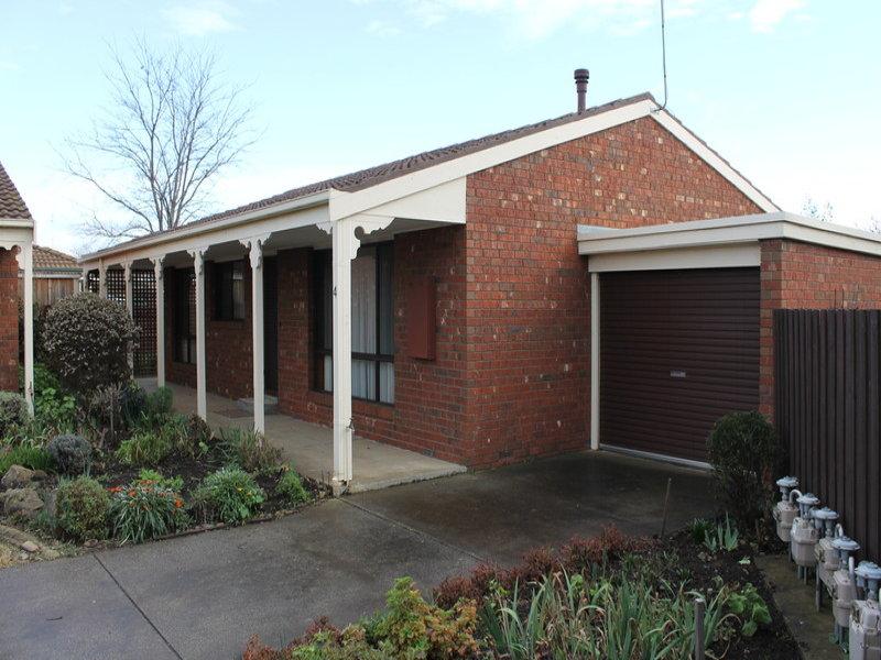 4/3 Fisken Street, Bacchus Marsh, Vic 3340