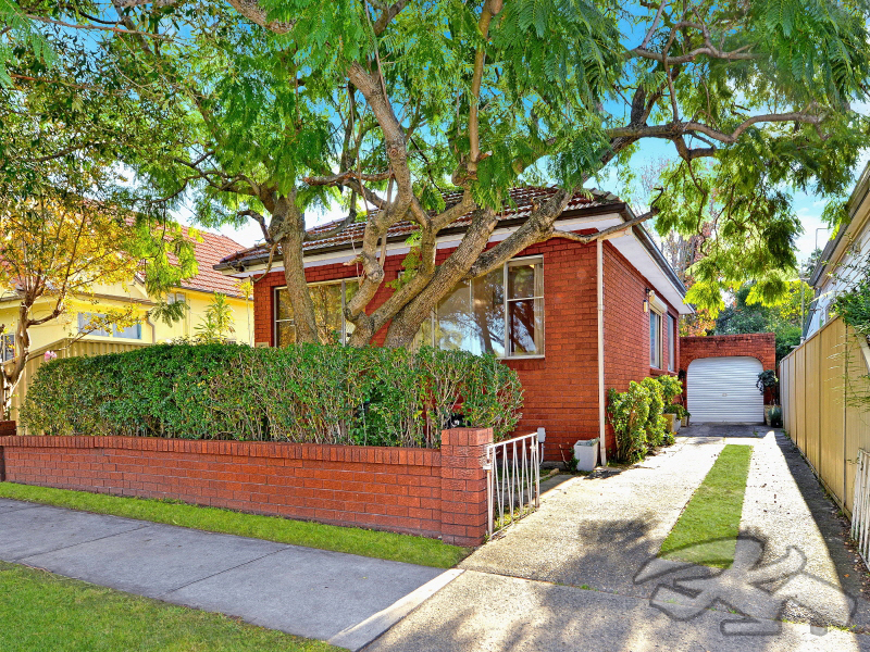 216 Brighton Ave, Campsie, NSW 2194