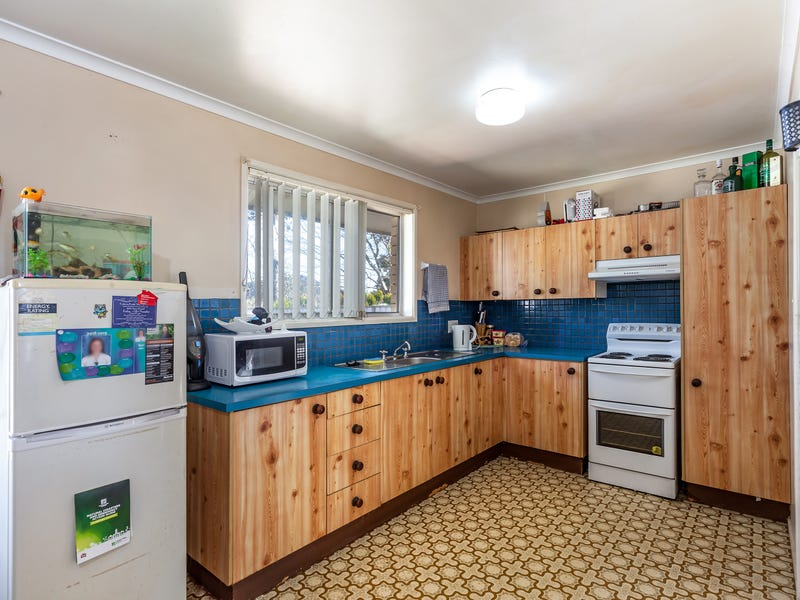 8 Bagot Street, Centenary Heights, Qld 4350