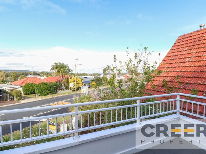 2/51 MEDCALF STREET, Warners Bay, NSW 2282