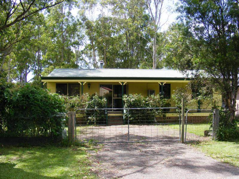 32 Old Coach Road, Limeburners Creek, NSW 2324