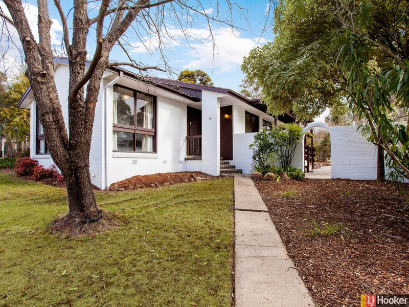 4 Shenton Crescent, Stirling, ACT 2611