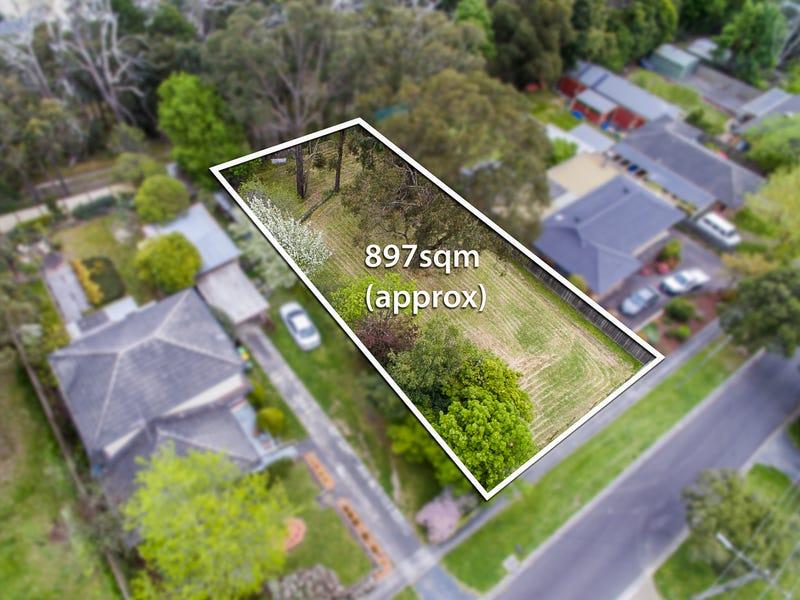 16 Ash Grove, Montrose, Vic 3765