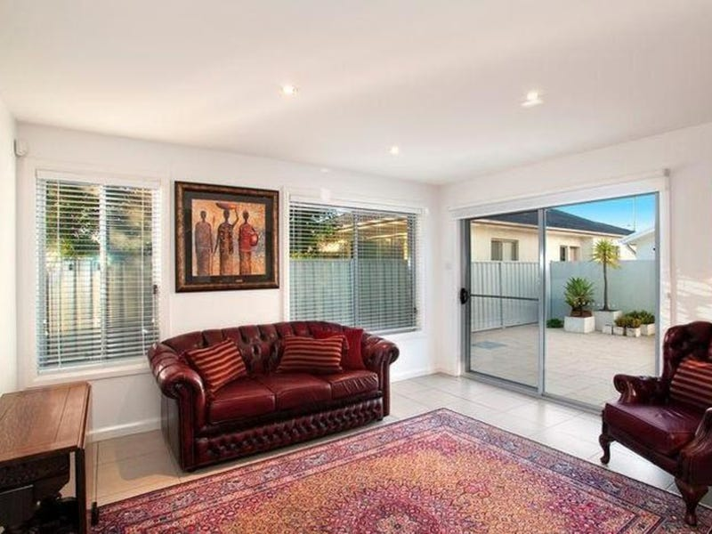 Unit 2/6 Leyton Street, Speers Point, NSW 2284