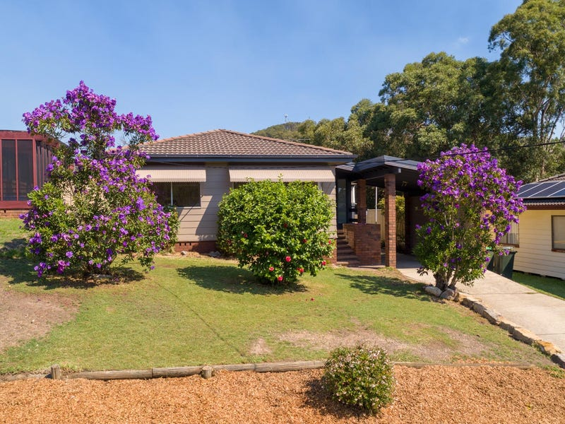 6 Plymouth Close, Macquarie Hills, NSW 2285