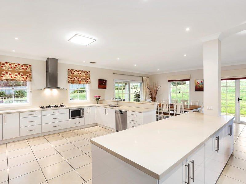 14 Foldgarth Way, Burradoo, NSW 2576