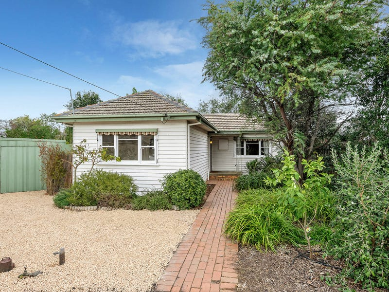 4 Collings Court, Pascoe Vale, Vic 3044