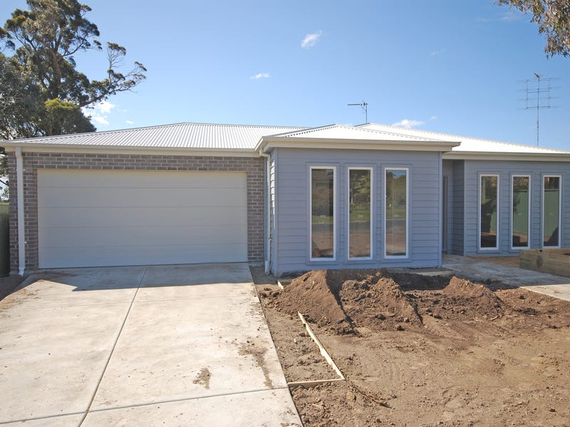 25 Regency Drive, Mount Clear, Vic 3350