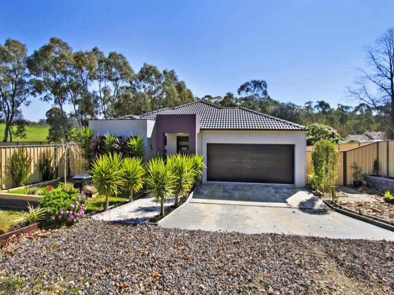 10 Station Street, Harcourt, Vic 3453