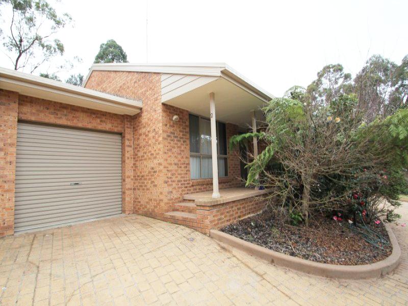 2/6-12 Stypandra Place, Springwood, NSW 2777