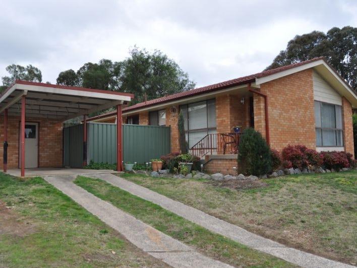 11 Bassett Drive, West Bathurst, NSW 2795