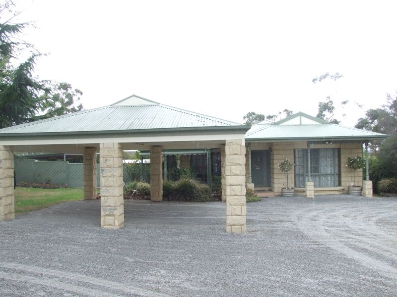 Address available on request, Tynong, Vic 3813