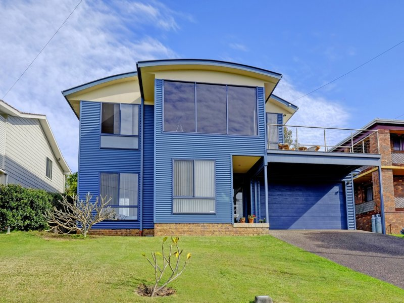 19 Emerald Place, Green Point, NSW 2428