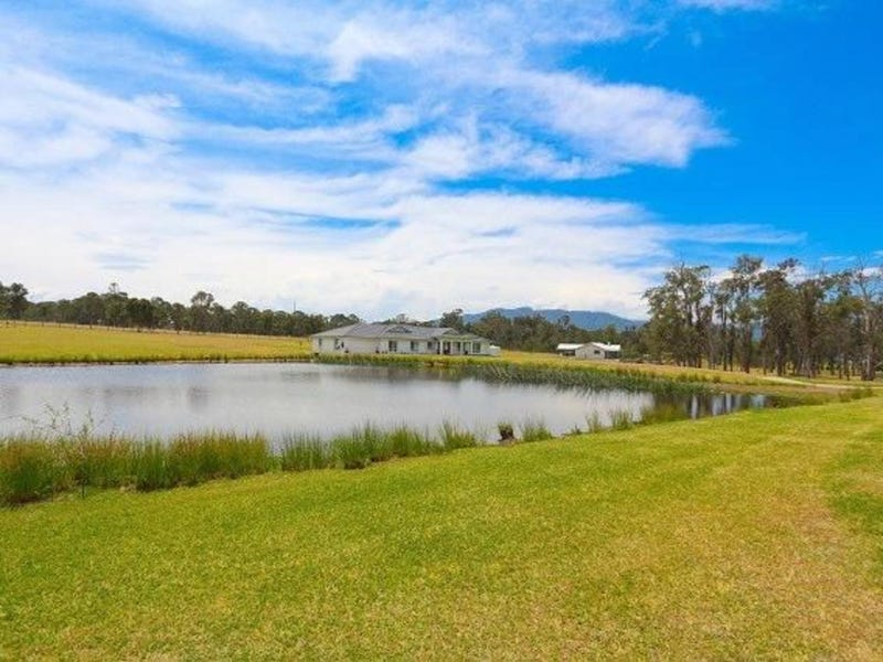 15 Moonlight Circuit, Gloucester, NSW 2422