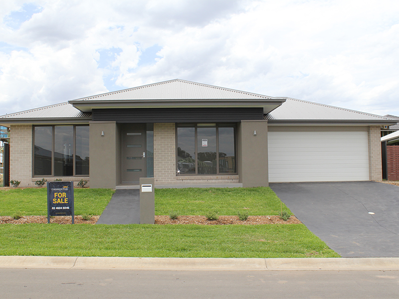 Lot 2024 Karmel Street, Oran Park, NSW 2570