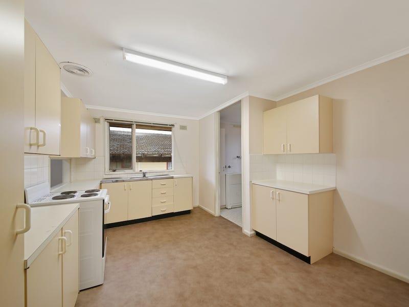6 Pardalote Street, Ingleburn, NSW 2565