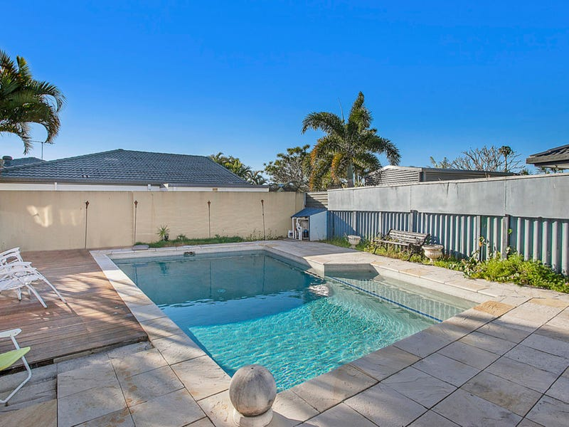 63 Burleigh Street, Burleigh Waters, Qld 4220