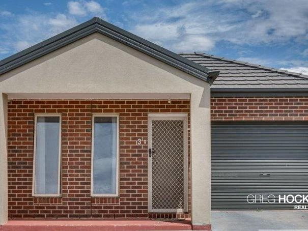 3/40 Mccubbin Way, Caroline Springs, Vic 3023