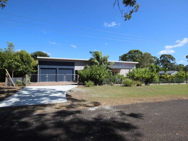 10 Kamarooka Street, Coomba Park, NSW 2428