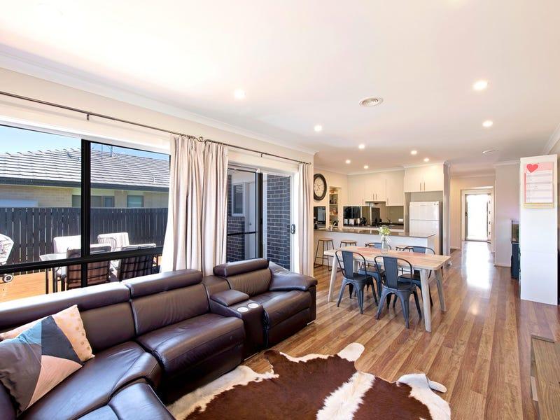 8 Hearne Street, Googong, NSW 2620