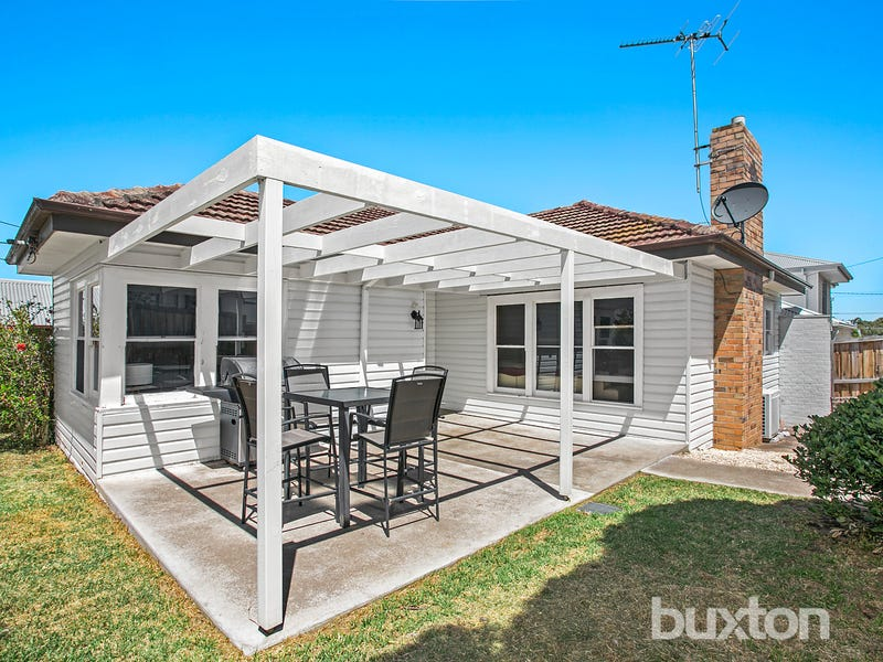 20 Maurice Street, Herne Hill, Vic 3218