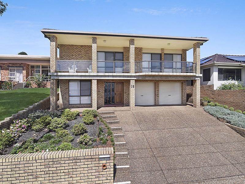 16 Gordon Street, Eleebana, NSW 2282