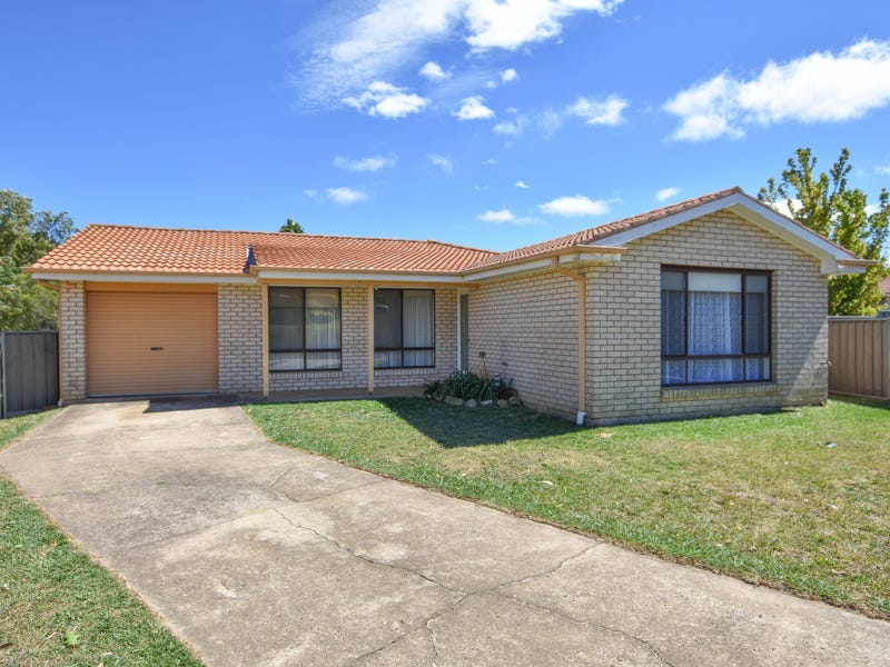 4 Landy Place, Orange, NSW 2800