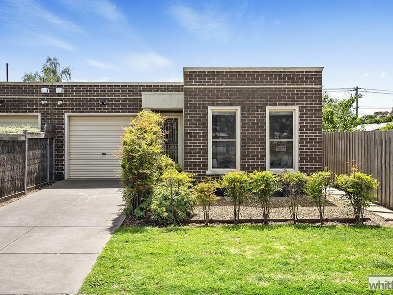 42 Sherbourne Terrace, Newtown, Vic 3220