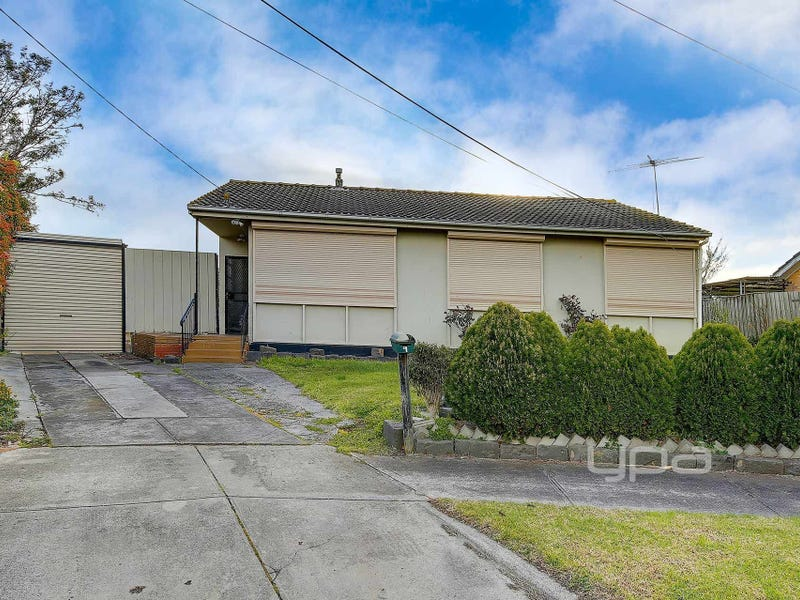 9 Rosedale Crescent, Dallas, Vic 3047